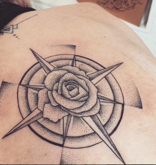 best rose tattoo